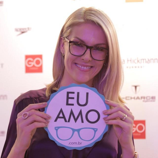 Tag  Armação De Oculos De Grau Feminino 2016 Ana Hickmann 8df372c573